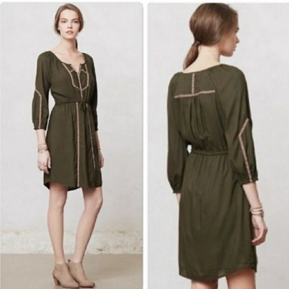 ANTHROPOLOGIE Embroidered Peasant Ribbon Dress Y16